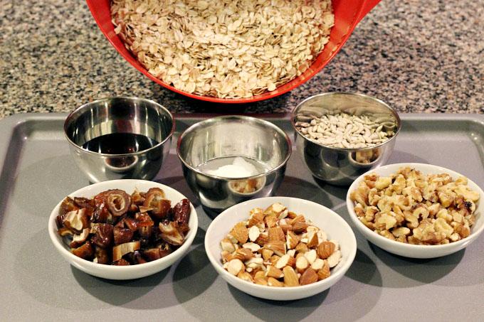 homemade low sugar granola