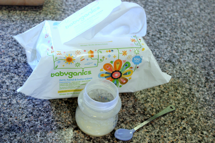 food and wipes