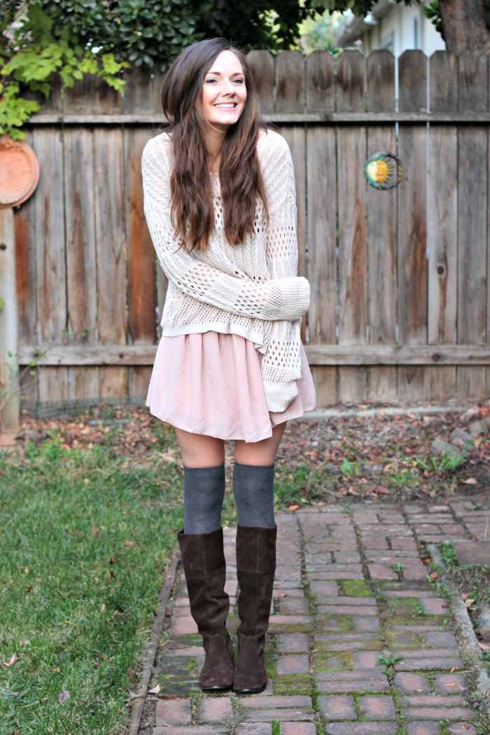 KNEE HIGH SOCKS AND BLUSH SKIRT - Katie