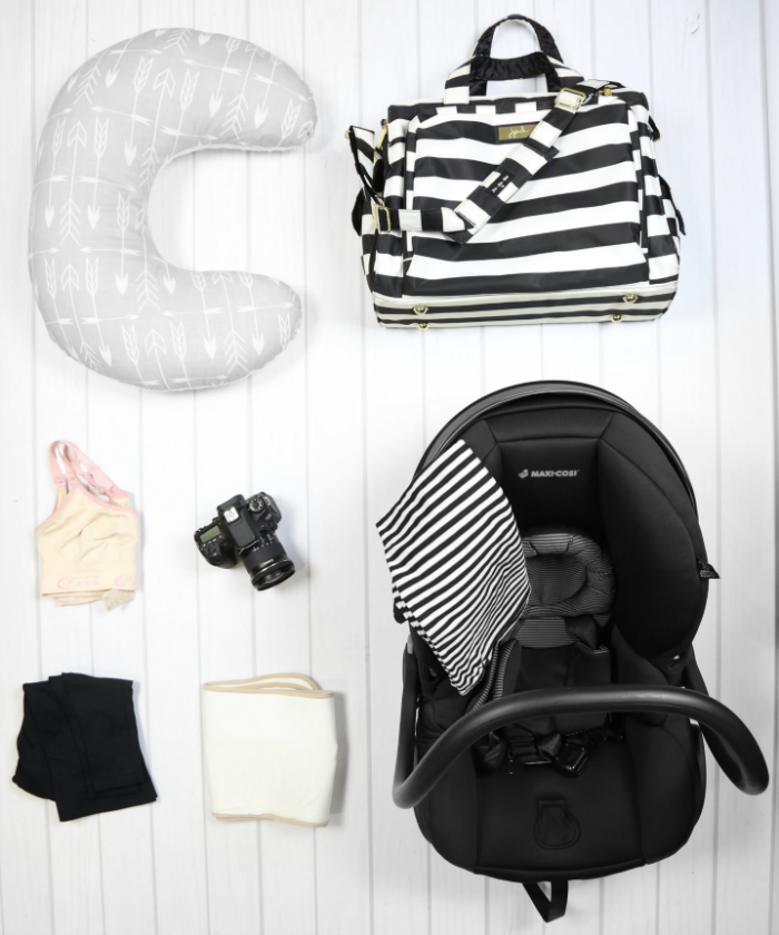 what to pack in hospital bag for baby