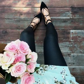 Shoes | Leggings | Top | Original Post
