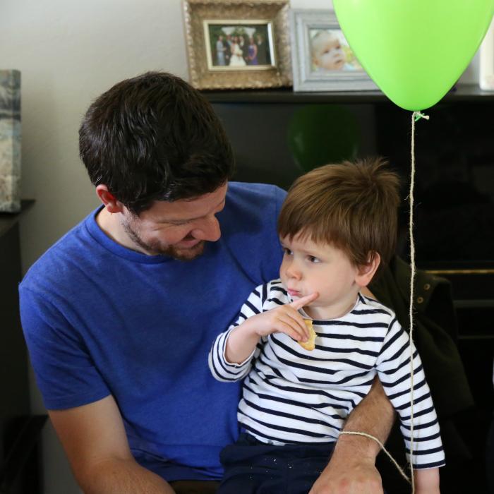 sams party balloon boy