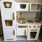 KIDS PLAY KITCHEN MAKEOVER